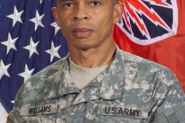 CSM Kenneth Williams Command Sergeant Major 7th Signal Command (Theater)