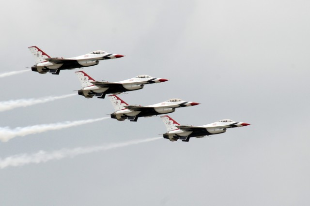 The Air Force's Thunderbirds demonstration team was one of the headlining acts  May 20 during the 2011 Joint Service Open House at Joint Base Andrews Md.
