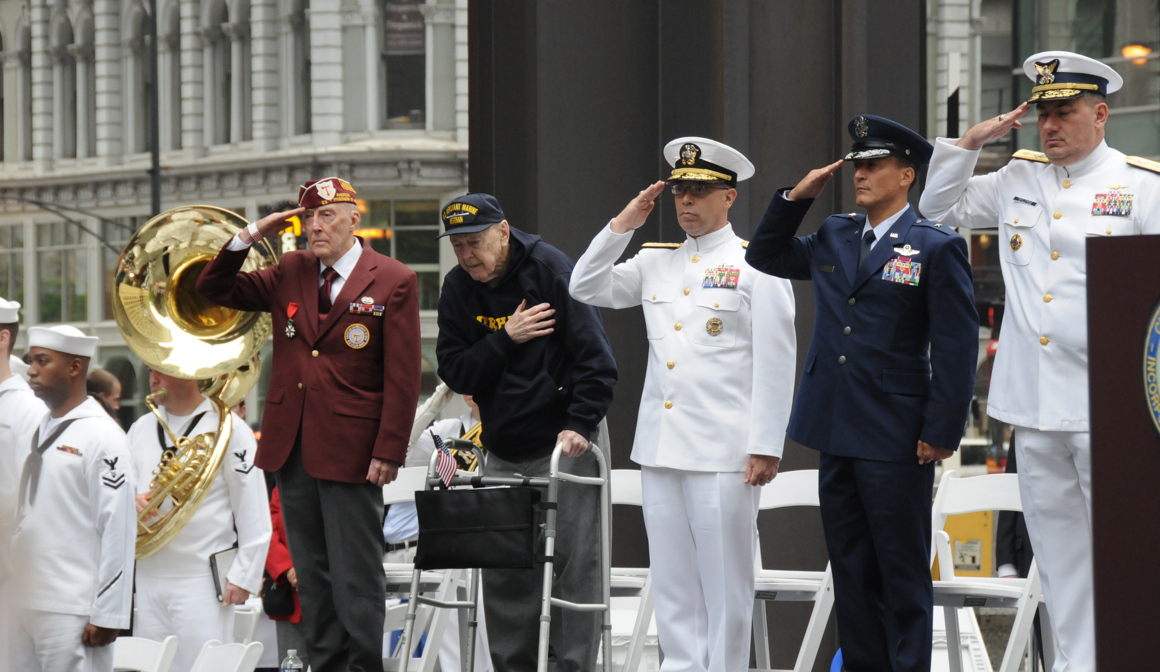 Chicago Memorial Day Ceremony and Parade | Article | The ...