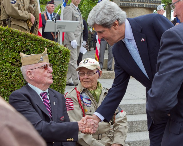 Paratroopers revisit roots in D-Day Commemoration