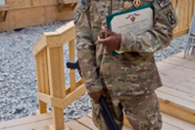 Combat engineer receives medals for injuries, valor