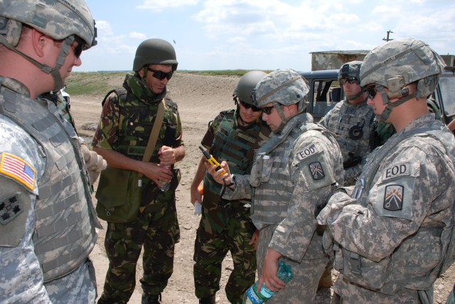 21st TSC EOD techs help Romania Armed Forces destroy excess munitions