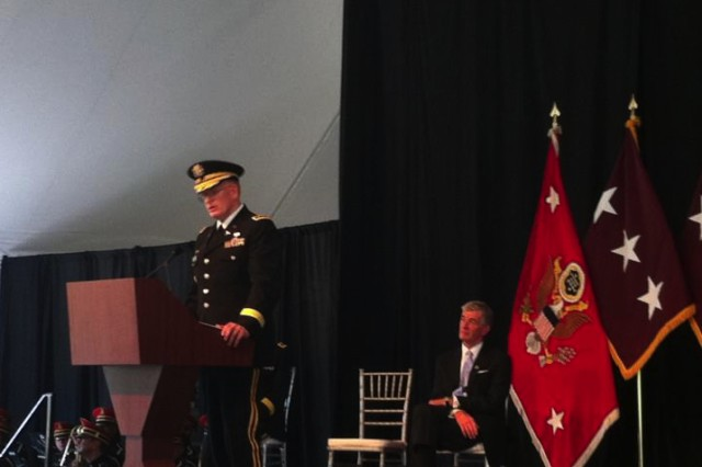 WASHINGTON, DC (July 27, 2011) -- Lt. Gen. Eric B. Schoomaker, U.S. Army Surgeon General, addresses an audience of over 1,000 during the colors casinge ceremony at Walter Reed Army Medical Center (WRAMC).  Schoomaker was formerly assigned as WRAMC commander.