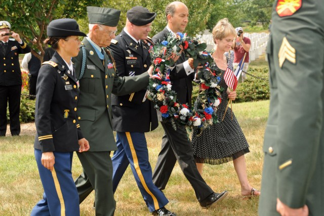 3rd ID honors Dog Face Soldiers at Arlington ceremony
