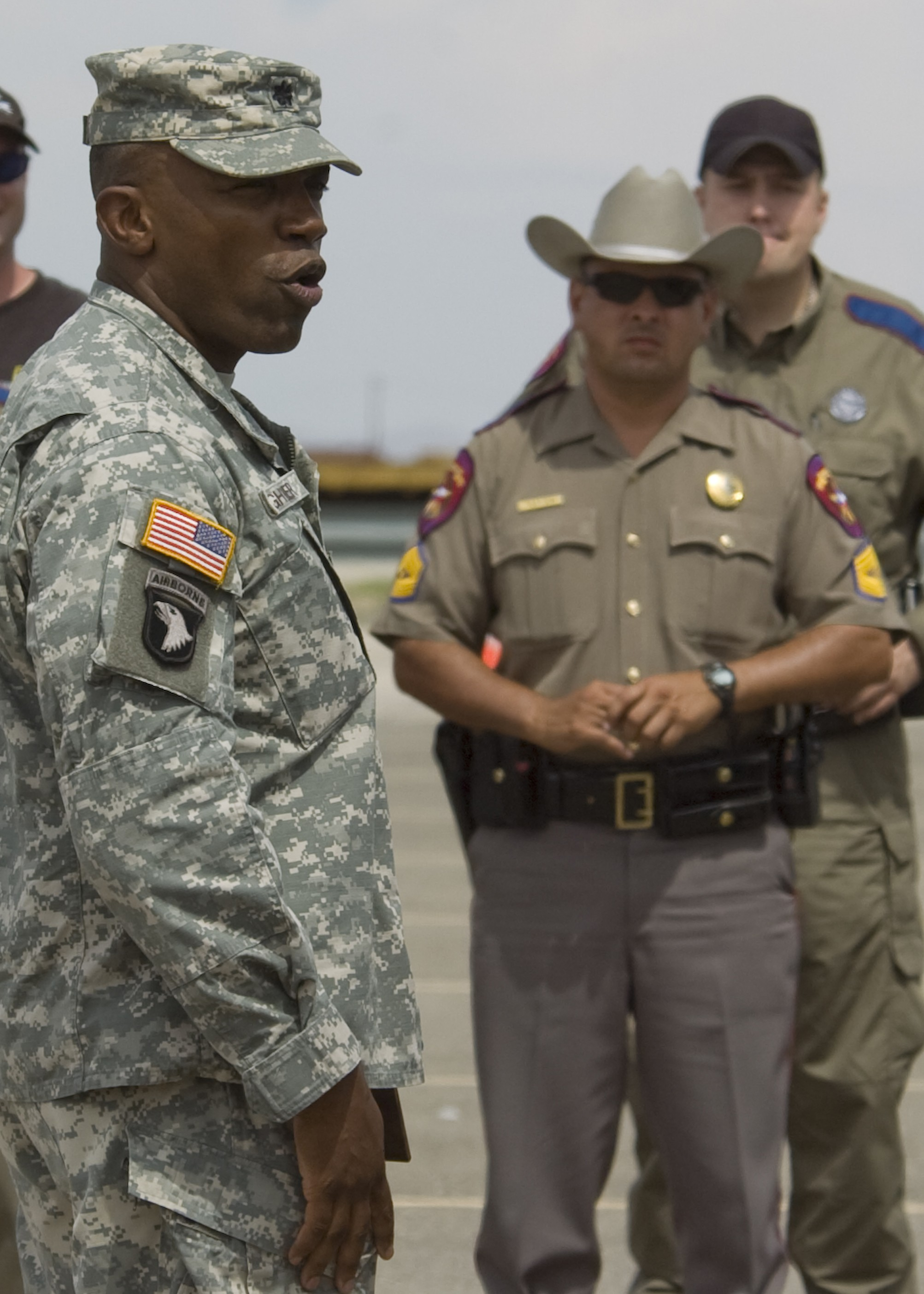 591st MP Co., Texas Highway Patrol Join Forces For