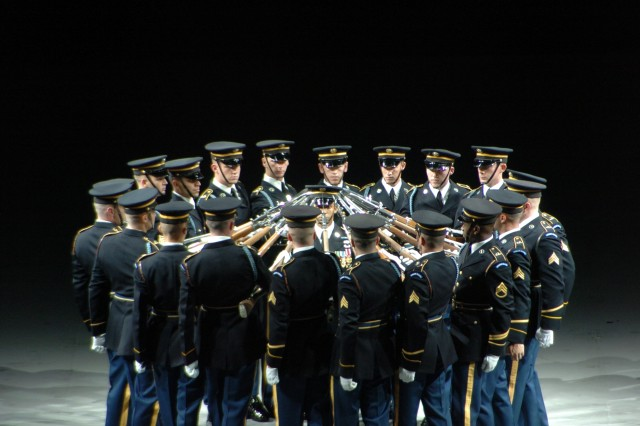 Soldiers from the U.S. Army Drill Team perform one of their signature maneuvers during the Spirit of America. (Submitted photo)