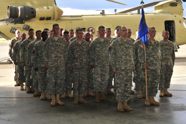 25th CAB and HNG introduce CH-47F Chinooks helicopters to their ...