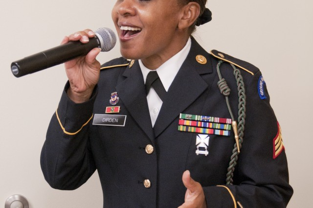"FORT BRAGG, N.C. (Sept. 9, 2011) - Vocalist Sgt. Shirley Dirden will be singing with the Jazz Guardians on its ""Ohio River Valley Summer Jazz Tour"" in Kentucky and Indiana, Sept. 13-20. The ensemble is made up Soldiers who belong to The Army Ground Forces Band, which provides musical support for the Army's largest command, U.S. Army Forces Command."