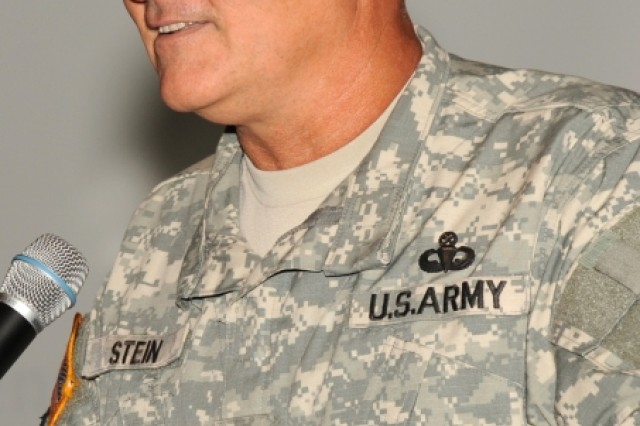 TACOM LCMC Commander Maj. Gen. Kurt Stein closes the ceremony.