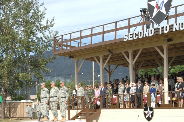 Major Gen. Edward C. Cardon assumed command from Maj. Gen. Michael S. Tucker as commander of the 2nd Infantry Division during a change of command ceremony Sept. 20 at Indianhead Field on Camp Casey.