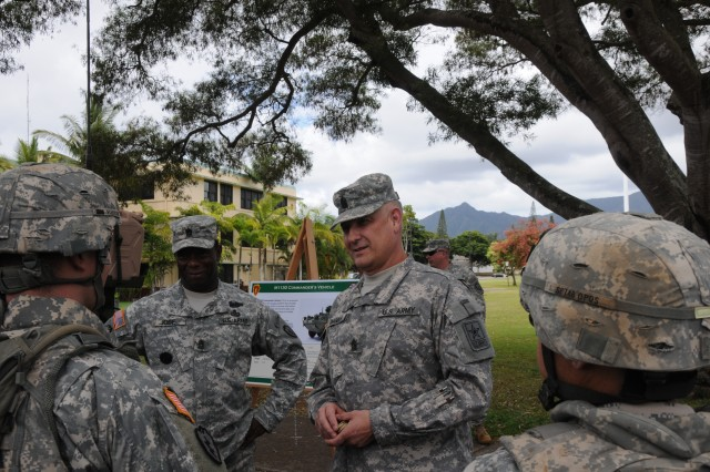 SMA visits Oahu, addresses Armywide changes