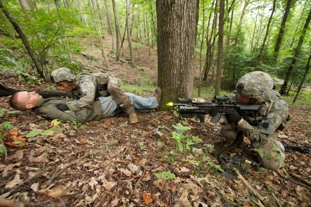 82nd Airborne Division paratroopers train in Georgia mountains 10 of 10