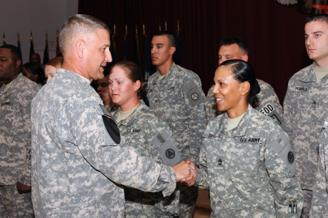 SMA conducts town hall meeting with Third Army Soldiers