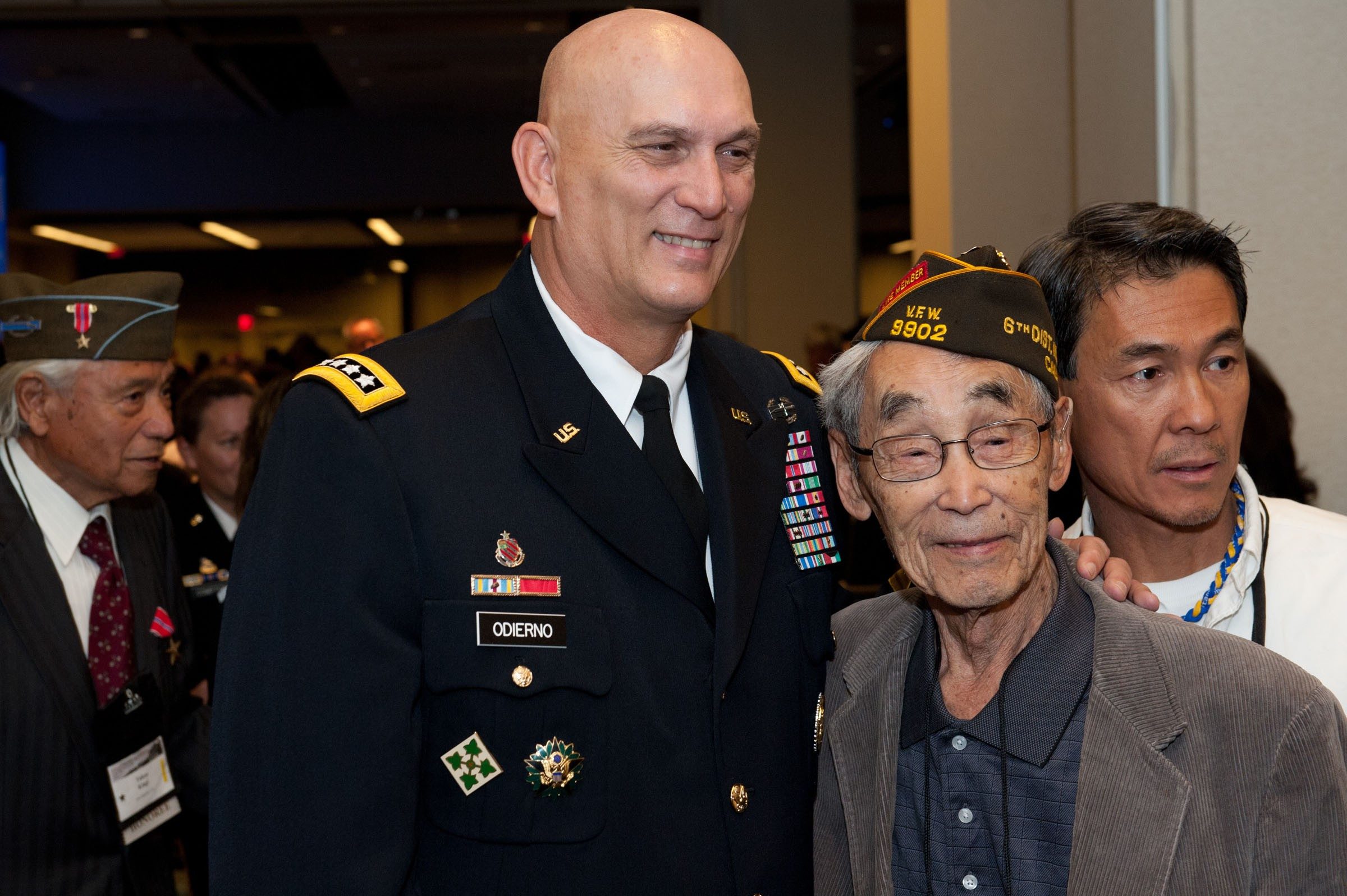 Nisei WWII Veterans receive Bronze Star | Article | The