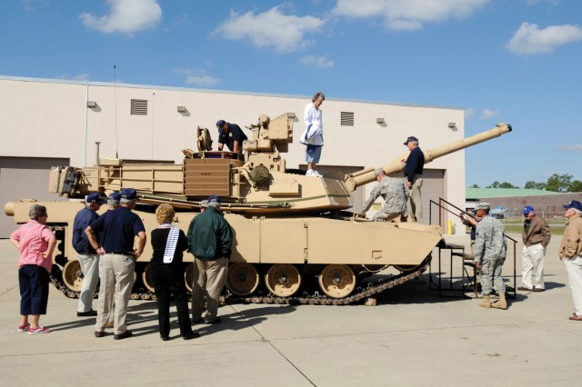 Soldiers of 2nd Bn., 7th Inf. Regt., 1st HBCT, hosted a static display of modern-day combat vehicles, like this M1A2 Abrams tank, for members of the Sun City Veterans Association during their visit to Fort Stewart, Nov. 2.