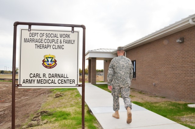 The CRDAMC's Department of Social Work Marriage/Couple and Family Therapy Clinic recently relocated to new facilities at 761st Tank Bn Ave. and 31st Street the first week of October 2011. The new facilities are part of the ongoing efforts throughout the Behavioral Health Department to better meet the increased needs of Soldiers and their families. (U.S. Army photo by Patricia Deal, CRDAMC Public Affairs)