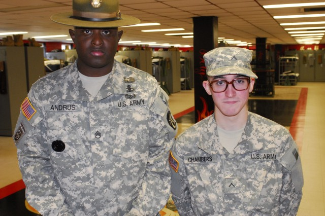 Drill sergeant saves private's life