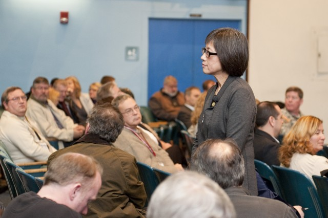 Heidi Shyu, Acting Assistant Secretary of the Army for Acquisition, Logistics and Technology, talks with employees during a Dec. 13 town hall meeting at Natick Soldier Systems Center.