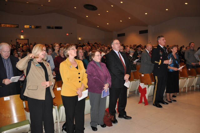 FORSCOM Band, Fayetteville Symphonic Band perform rousing joint Holiday Concert