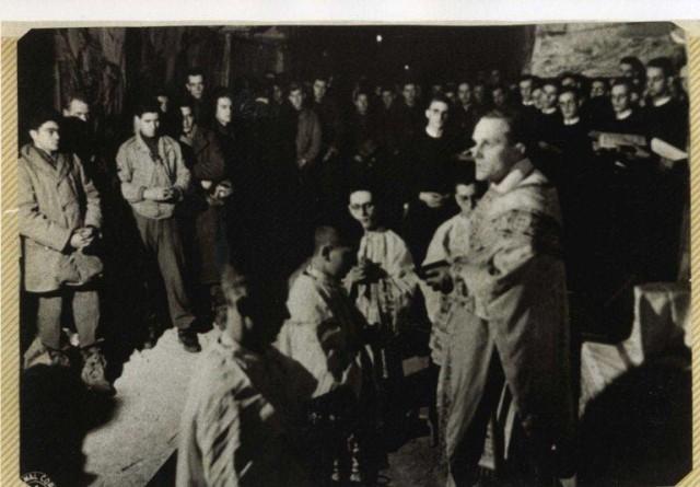 De Schark Cave December 24, 1944
