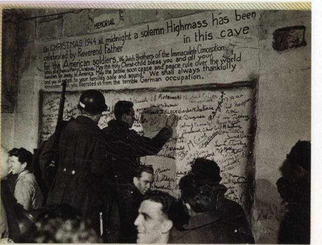 De Schark Cave, December 24, 1944