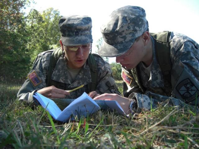 ROTC: Training leaders, Army style