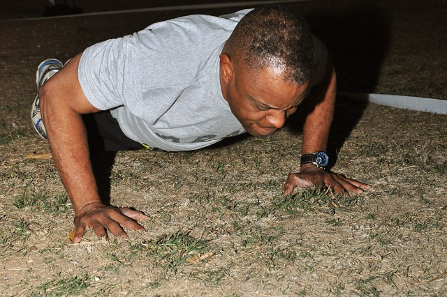FORT HOOD, Texas--Col. William McRae, brigade commander for the 41st Fires Brigade knocks out pushups during the Rail Gunner's Army physical fitness test challenge on Fort Hood, Texas, Nov. 2. More than 120 Soldiers and officers participated in the challenge.