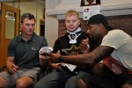 NFL players visit wounded warriors in Hawaii
