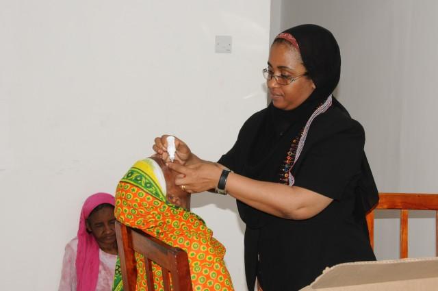 Tanzania, U.S. personnel work to restore sight
