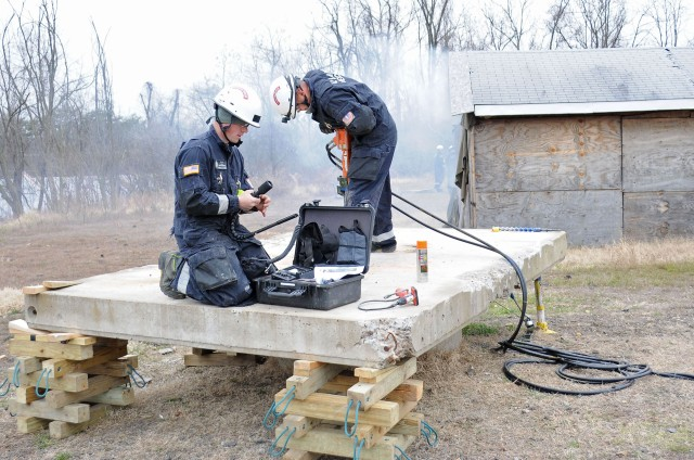 911th Engineers take action in training scenario