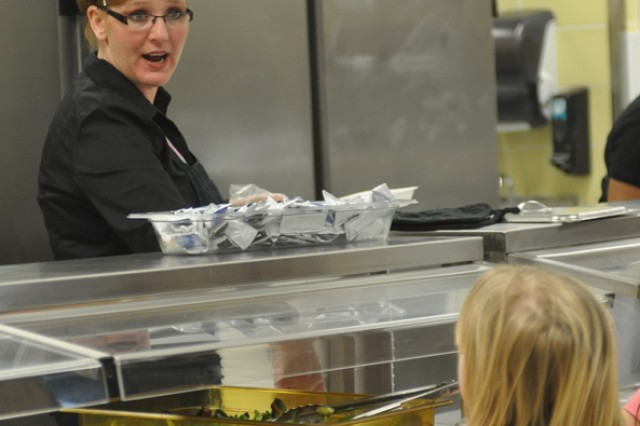 Fort Campbell cafeteria competition encourages nutrition, quality