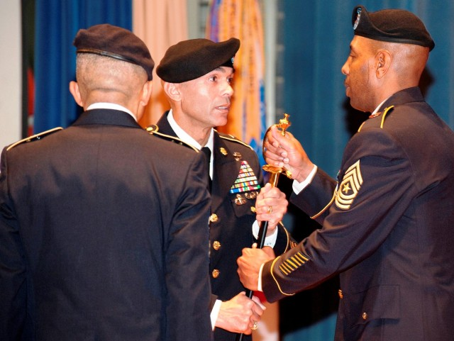 Brooks new CSM at 7th Signal Command (Theater)