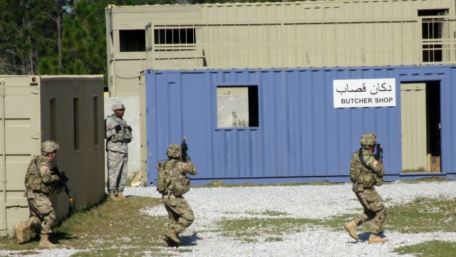New York Army National Guard Stabilization and Transition Team Trains for Afghan Mission