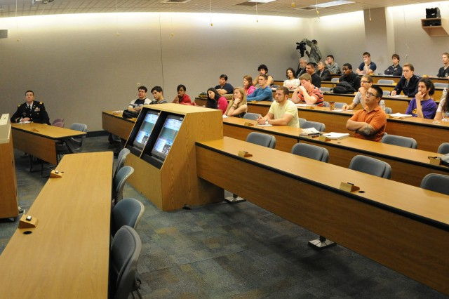 """SAN ANTONIO """" Brig. Gen. Manuel Ortiz, deputy commanding general, U.S. Army South strengthens community relations by speaking to a group of political science students at the University of Texas at San Antonio Feb. 2."""