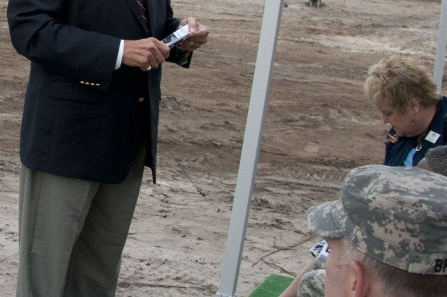"US Congressman John Mica, 7th District of Florida welcomed everyone to the City of Sanford. Stating that heâ,""s never serviced in the military but he is a big supporter and wanted all the soldiers that attended the ceremony to take a message back home from him thanking each family member for their support."