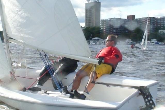 Prior to graduating in 2010, Mark Rinaldi was a member of the varsity sailing team at Harvard University.