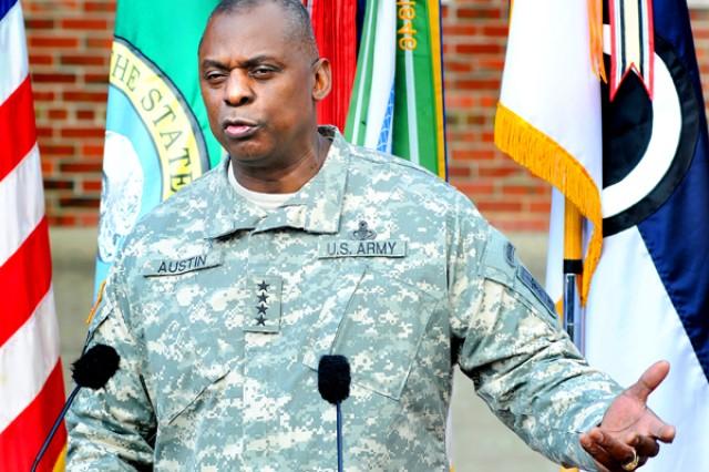 Army Senior Leaders Visit Lewis-McChord, Reaffirm Support