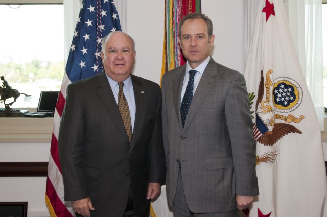 Westphal discusses Army-to-Army cooperation with Mexican Ambassador