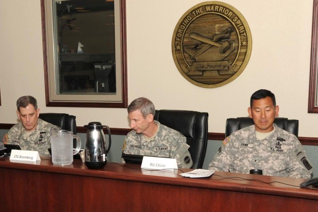 From left: LTG Mike Ferriter, commander of Installation Management Command; LTG Howard Bromberg, deputy commander of U.S. Army Forces Command; and BG Clarence K.K. Chinn, left, commander of the Joint Readiness Training Center and Fort Polk, La.; review input during the Rehearsal of Concept drill between IMCOM and FORSCOM to address potential impacts of shrinking Army budgets at Fort Polk and Fort Irwin, Calif.