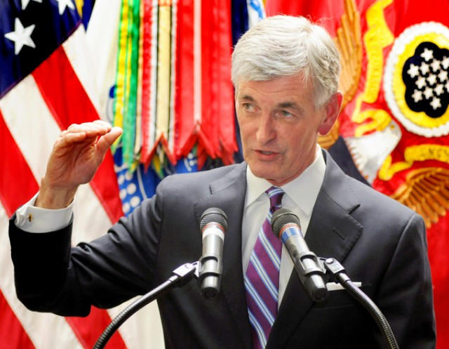 Secretary of the Army John McHugh announces 7th ID re-activation