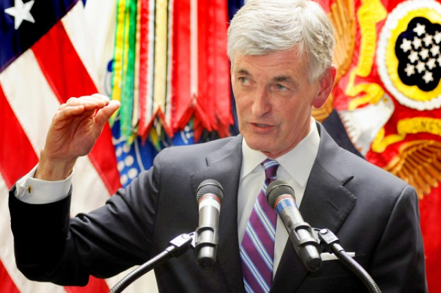 Secretary of the Army John McHugh announced April 26 that the Army will station a division headquarters at Joint Base Lewis-McChord, Wash.. He made the announcement during a press conference at I Corps headquarters on JBLM.