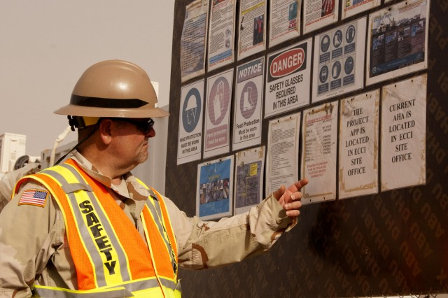USACE employee wins Emergency Preparedness and Employee Safety Award