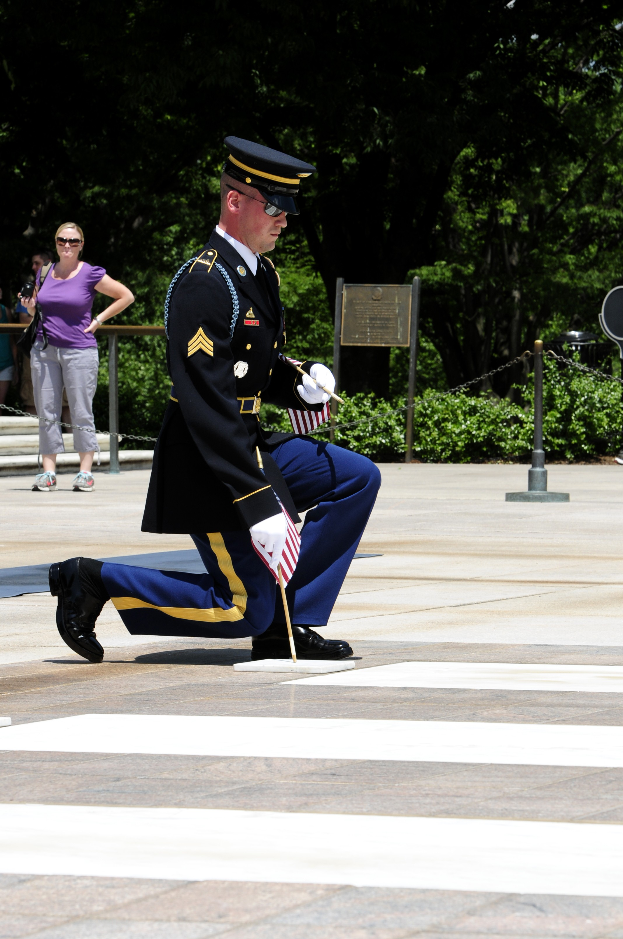 Old Guard Soldiers put 'Flags In' for 2012 Memorial Day ...