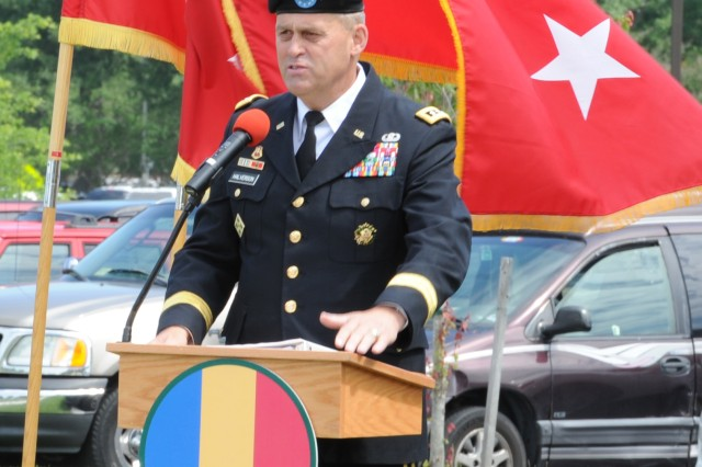 FORT EUSTIS, Va. -- Lt. Gen. David D. Halverson, U.S. Army Training and Doctrine Command deputy commanding general, speaks about meeting the challenges of his new position as the TRADOC DCG during the change of responsibility ceremony June 4. (U.S. Army photo by Sgt. Steven Schneider)
