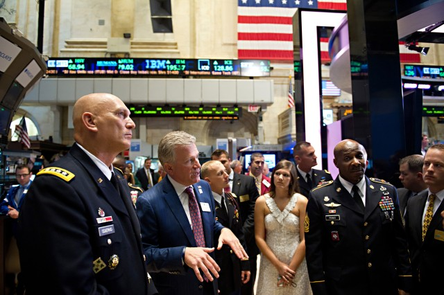 Duncan Niederauer, chief executive officer and a director of New York Stock Exchange Euronext, gives a tour to Army Chief of Staff Gen. Raymond T. Odierno and other Soldiers visiting NYSE during the U.S. Army's 237th birthday, June 14, 2012, in New York City.