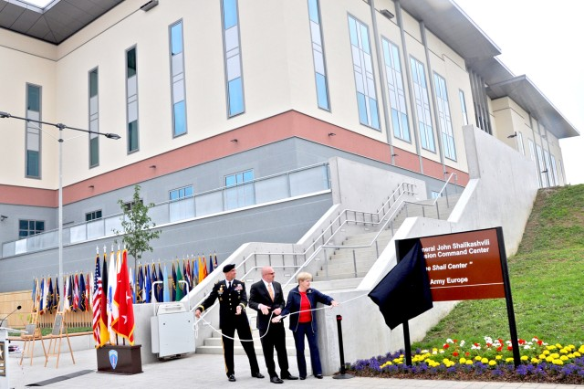 Lt. Gen. Mark Hertling, U.S. Army Europe commander, Brant and Joan Shalikashvili unveil the new General John Shalikashvili Mission Command Center on Wiesbaden's Clay Kaserne in Germany, June 14, 2012.