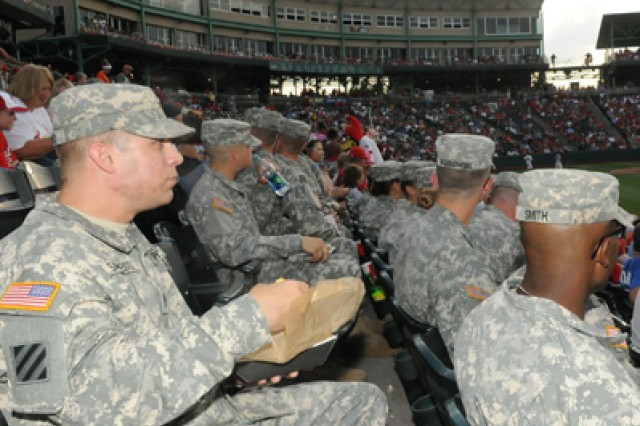 Fort Leonard Wood Soldiers enjoy free seats and free hot dogs at a Springfield Cardinals baseball game in Springfield, Mo., June 16, 2012.