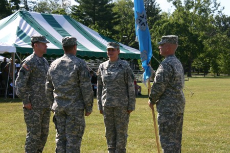 780th Mi Welcomes New Commander Article The United States Army