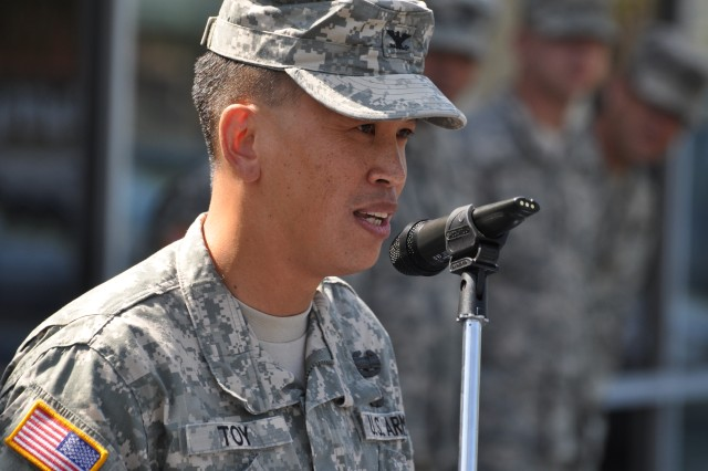 """Col. Mark Toy, commander of the U.S. Army Corps of Engineers Los Angeles District, addresses future Soldiers, families, friends, local dignitaries and veterans during the grand opening of the Los Angeles Recruiting Battalion's newest recruiting station in Simi Valley, Calif., June 20.  Toy shared some thoughts on leadership that culminated with his District's motto, """"Building Strong and Taking Care of People!""""  (USACE photo by Jay Field)"""