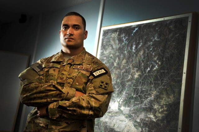 us air force tech sgt mitchell polu joint terminal attack controller is